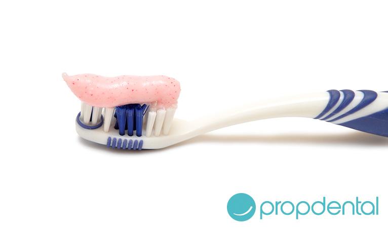 la limpieza de prótesis dentales