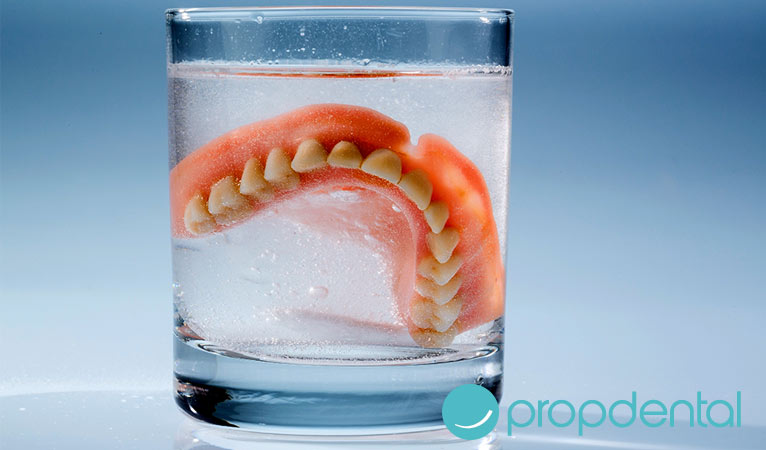 cuidado prótesis dental completa