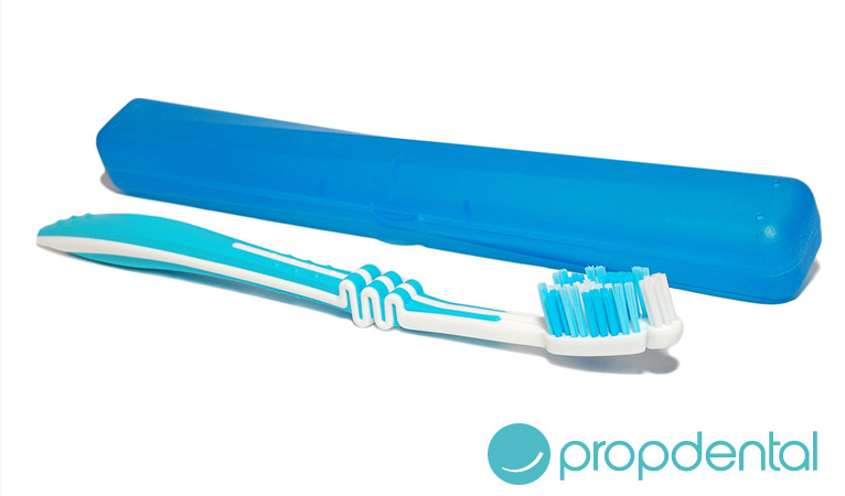 cuidas bien cepillo dientes