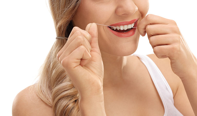 papel hilo dental dentro higiene oral