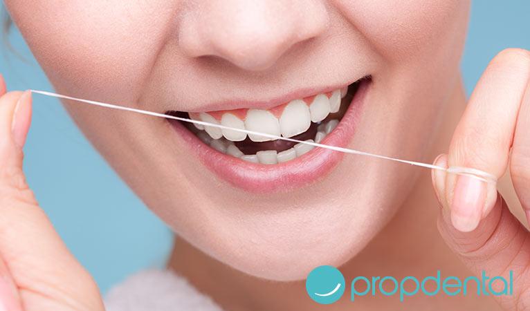 usar bien hilo dental