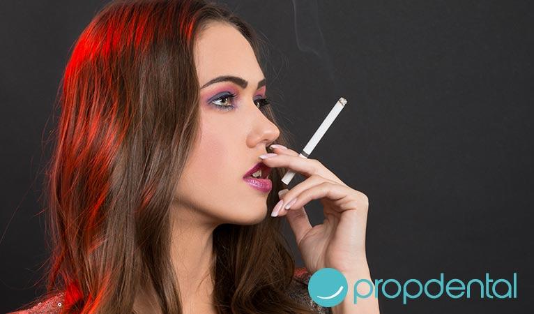consejos salud bucodental pacientes fumadores