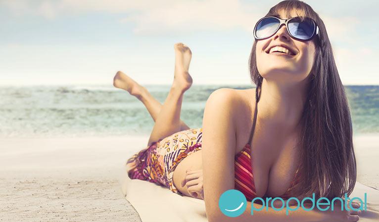 este verano evita la sonrisa gingival