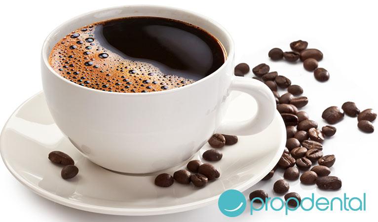 estetica dental efectos del cafe sonrisa
