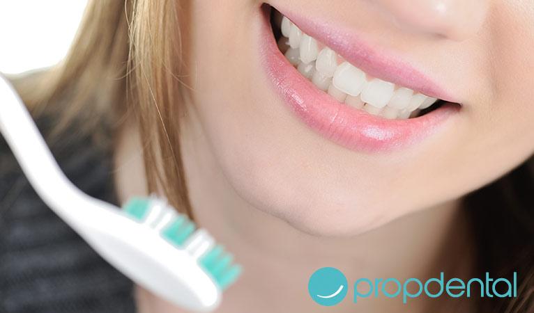 la higiene con la ortodoncia lingual