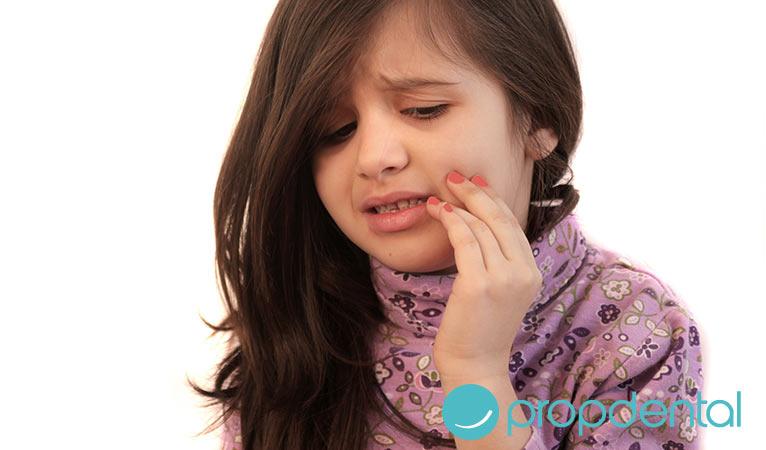 enfermedad periodontal impacto durante la infancia