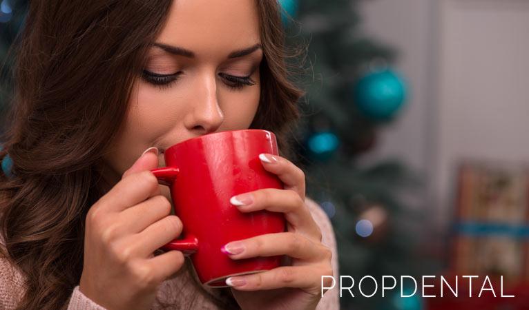 ¡Evita las manchas dentales en Navidad!