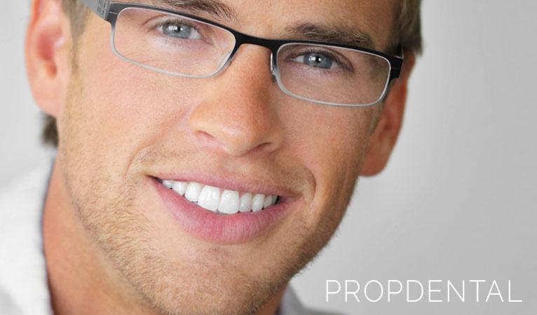 El peligro de obsesionarse con tu blanco dental: ¡Cuidado con la blancorexia!