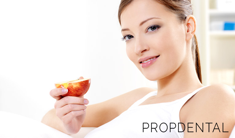 ¿Se puede prevenir la caries dental con una buena alimentación?
