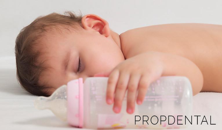 5 hábitos perjudiciales para la salud bucal de tu bebé