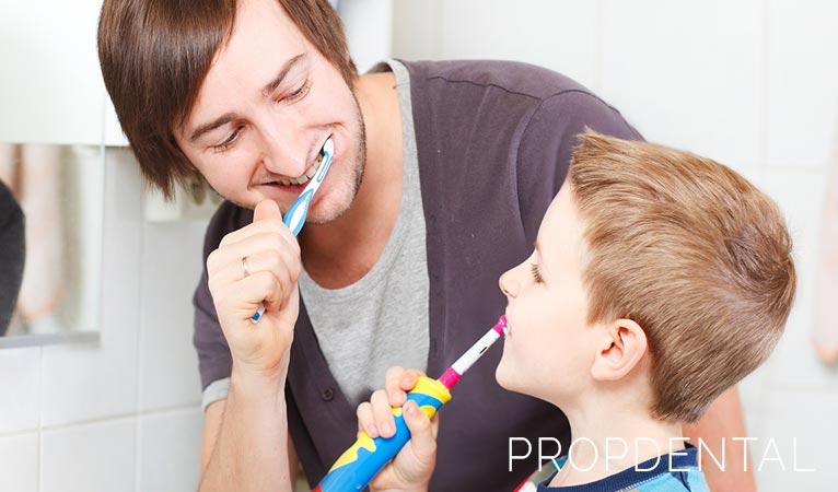 ¡Dedica más tiempo a cepillar tus dientes!