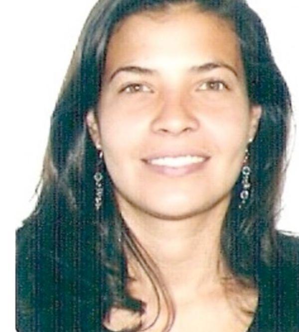 Dra Elva Aragundi Ontaneda